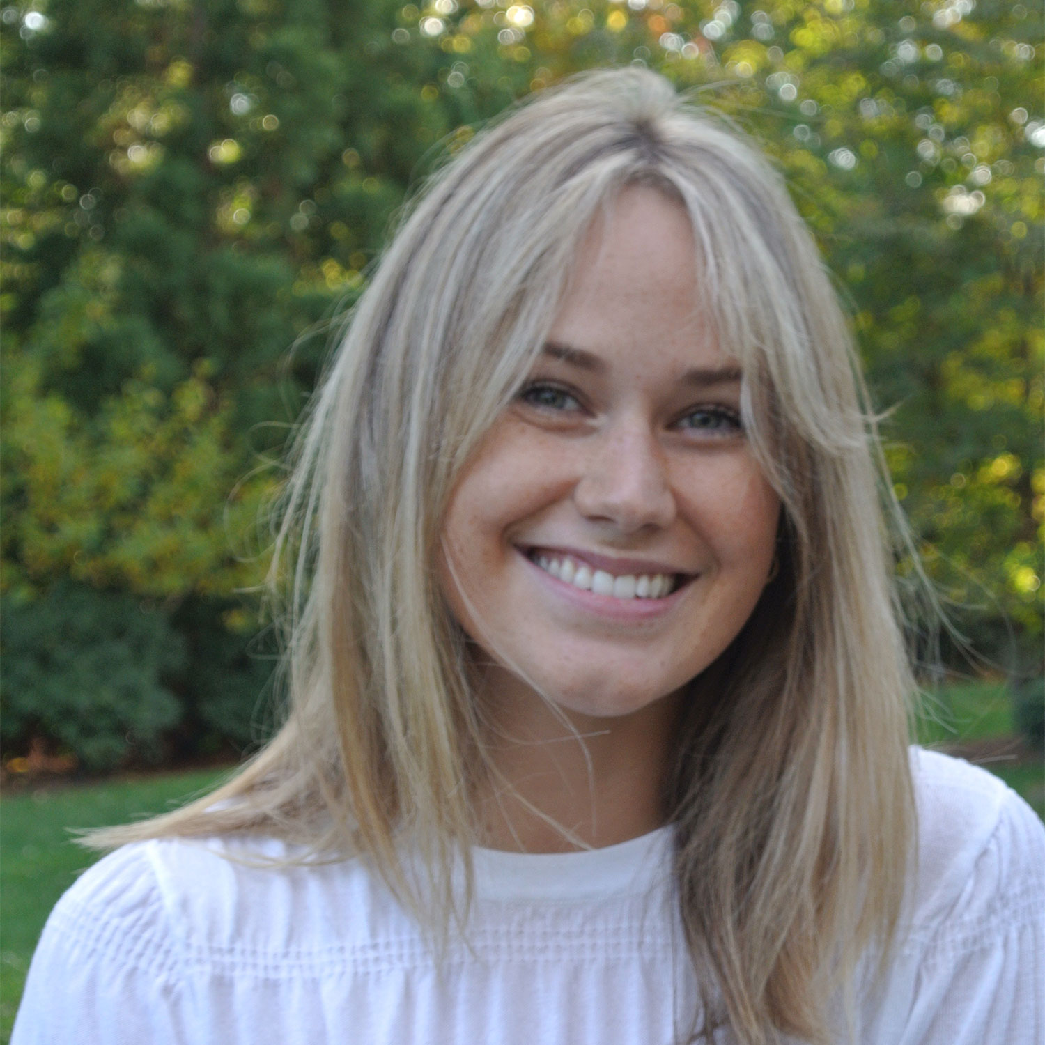 Lucy  Carlisle, Founder / Marketing, The Social Link